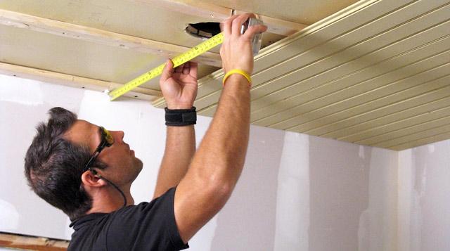 Быстрый ремонт потолка своими руками